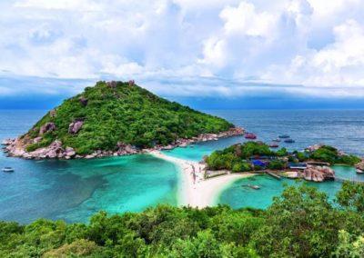island hopping trip